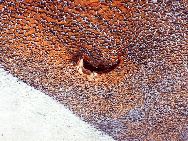 Kvalitní provedení stříkaného PUR střešního pláště