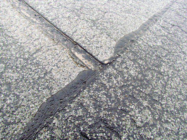Modifikované asfaltové pásy mají být svařovány celoplošně plamenem